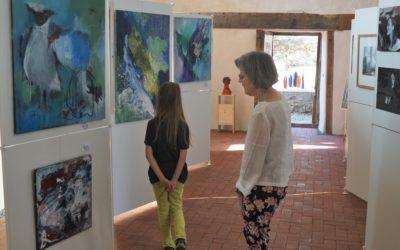 Atelierkirche zeigt Kunst in vielen Spielarten