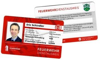 Hüttenberger Feuerwehrleute erhalten Dienstausweis